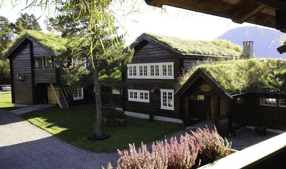 [Image: Storfjord-Hotel-norvec.jpg]
